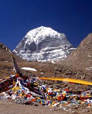 Кора вокруг мистической горы Кайлас в Тибете